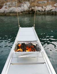 How To Barbecue On A Boat